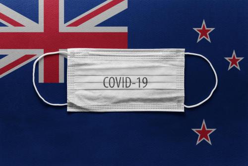 Nueva Zelanda opta por un nuevo modelo de gestión contra el COVID-19, ante su peor rebrote