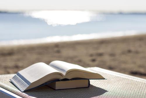 Aire limpio: escuela en España da sus clases presenciales en la playa