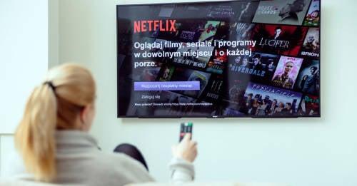 Netflix te paga por ver películas y series todo el día
