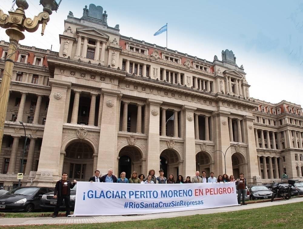 ¡Salva al Perito Moreno, uno de los glaciares más importantes del mundo!