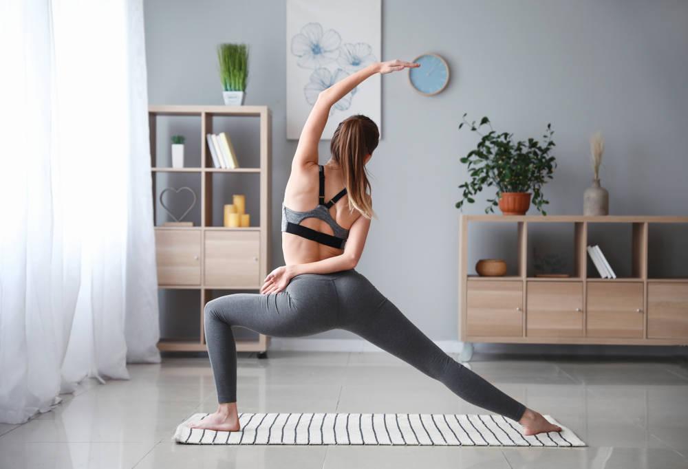 Yoga en casa: ¿cómo hacer un espacio especial para ti desde casa?