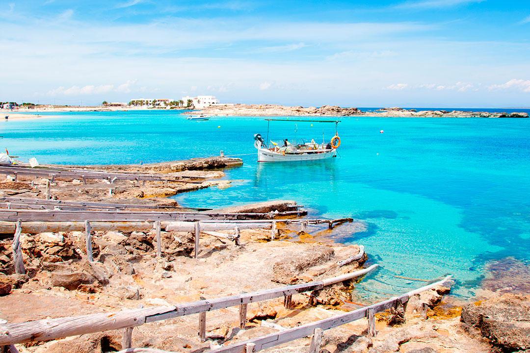 Los colores imposibles de las playas de Formentera