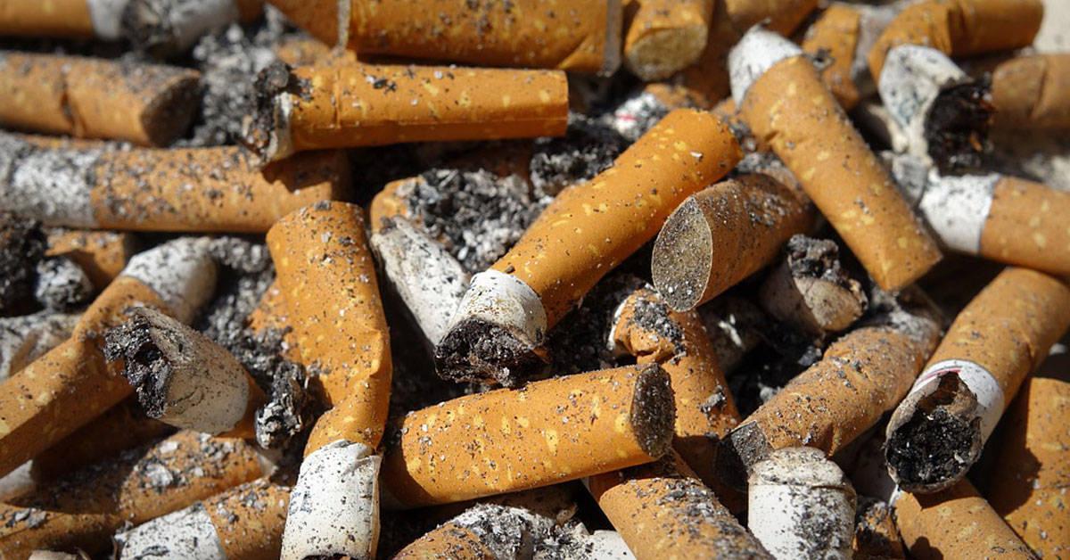 Colillas de cigarrillo: un mal para el ambiente y la ciudad
