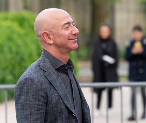 Jeff Bezos planea invertir $10 mil millones de dólares en el cambio climático para 2030