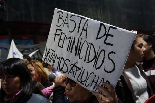 Paro nacional de mujeres en Argentina para terminar con los femicidios