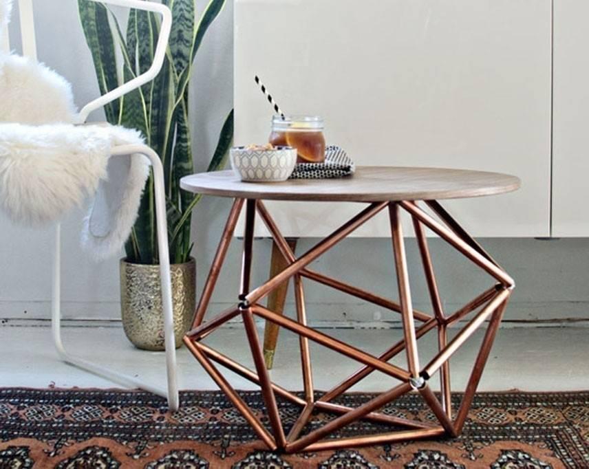 Cómo construir una mesa con base de himmeli