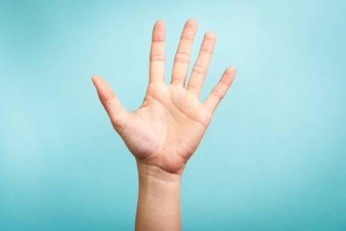 El truco de la mano para frenar una explosión de ansiedad que estás sintiendo venir