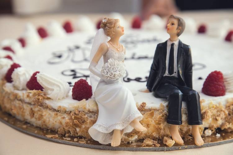 Perdió su cabellera por el estrés de organizar su boda