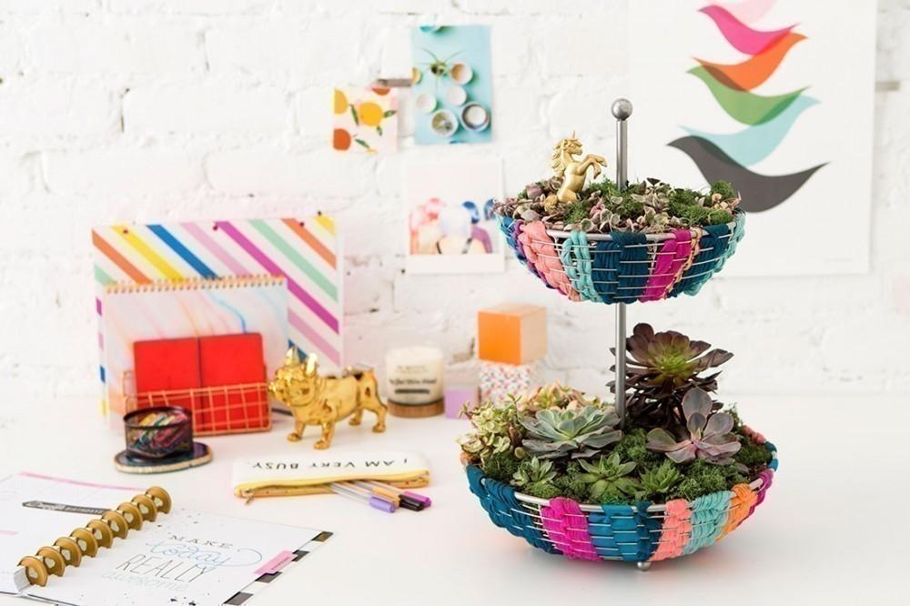C mo hacer un peque o y colorido jard n para tener dentro de tu hogar - Como tener un jardin en casa ...