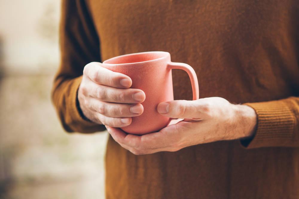 Bebiendo té o café gastas más agua de lo que crees