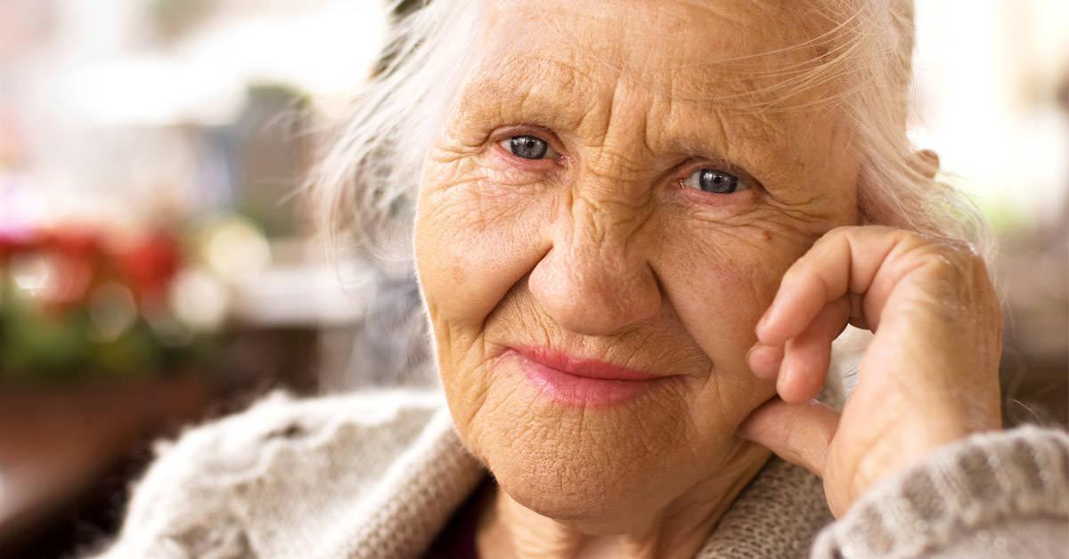 7 secretos de belleza de las abuelas que siguen vigentes