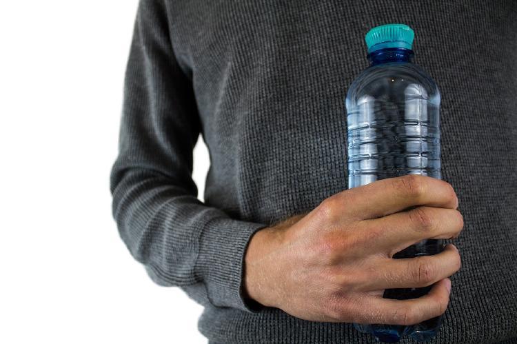 botella plastico 2