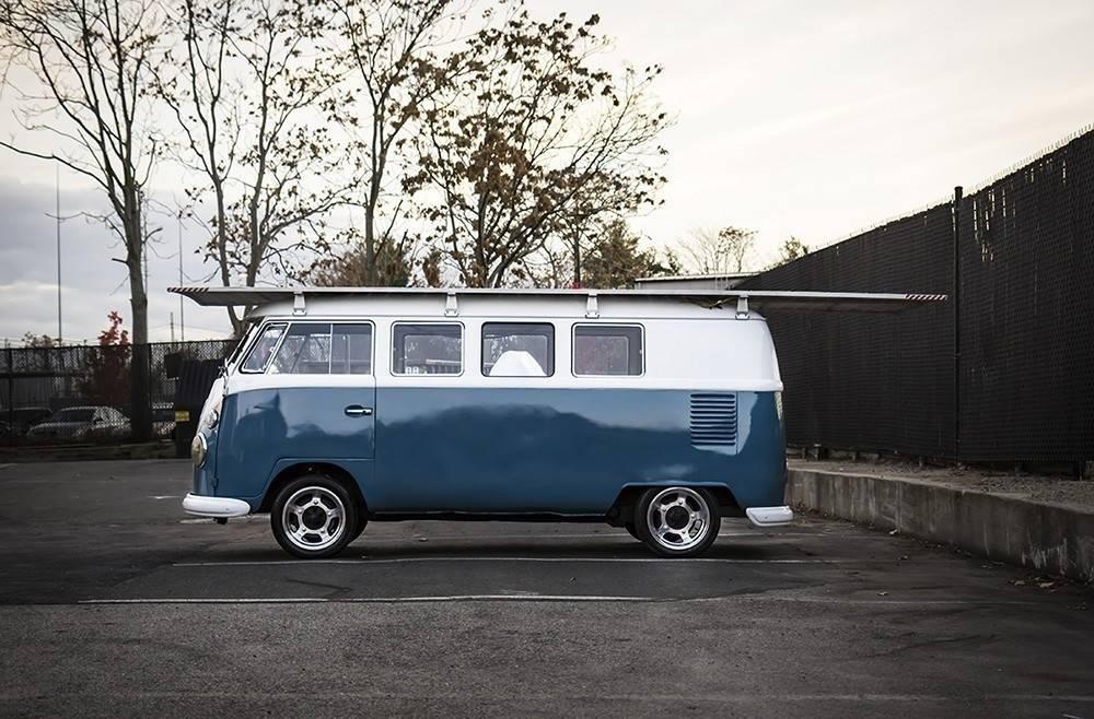 Una camioneta Volkswagen de 1966, ¡que se mueve con energía solar!