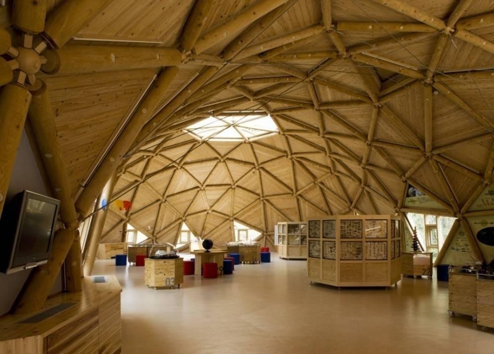 Magnífica construcción geodésica inspirada en la geometría sagrada
