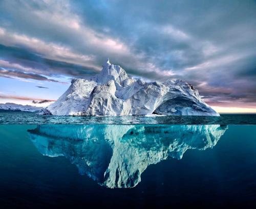 El iceberg más grande del mundo está en camino a estrellarse con una isla del Atlántico Sur