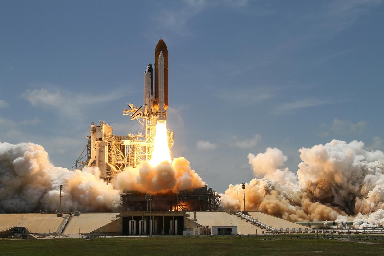 El Pentágono vigila el reingreso a la atmósfera de cohete espacial chino