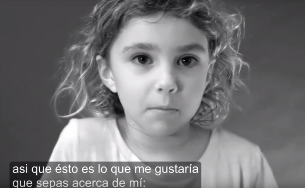 niña video