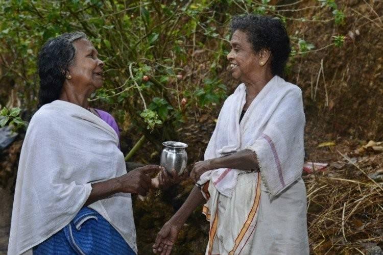 Esta abuela de la India tiene memorizadas más de 500 remedios naturales que p..
