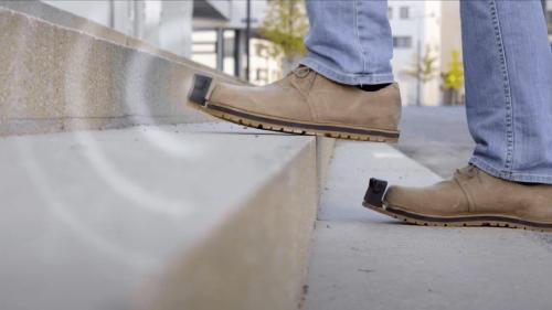 Desarrollan zapatos inteligentes para personas ciegas o con visibilidad reducida