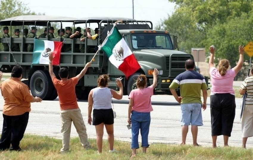 Texas acepta la ayuda de México y el amor triunfa