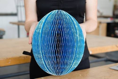 Inventan un casco plegable, ¡y reciclable!