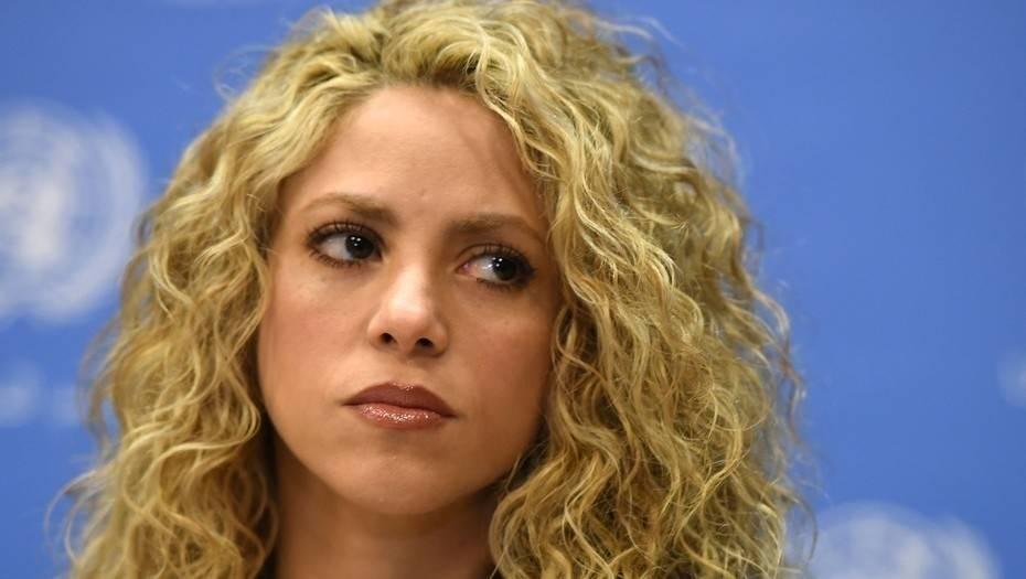 ¿Cuál es la enfermedad que tiene Shakira que le impide cantar?