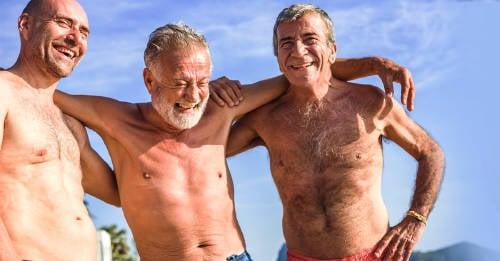 ¿Quieres vivir más años? Ver a tus amigos con más frecuencia puede ser la clave