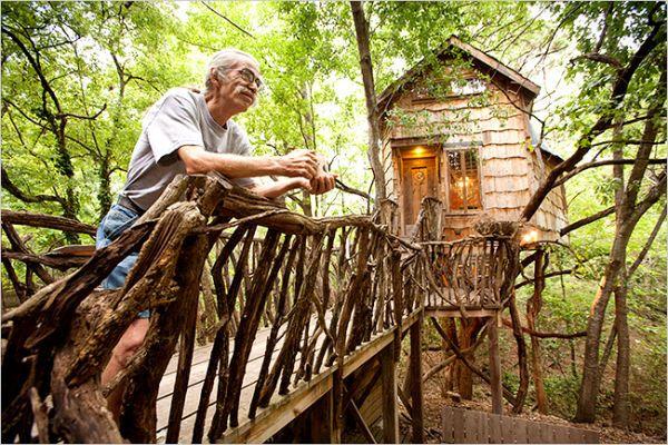 Casa del árbol que renta a artistas de bajos ingresos
