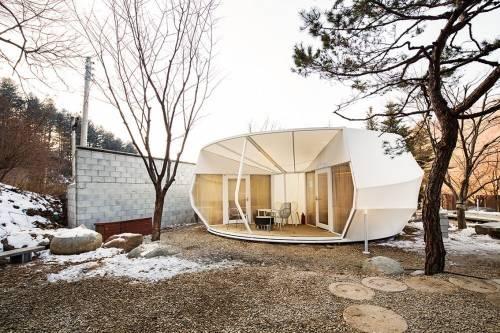 Un camping de lujo en la ladera de una montaña en Corea del Sur
