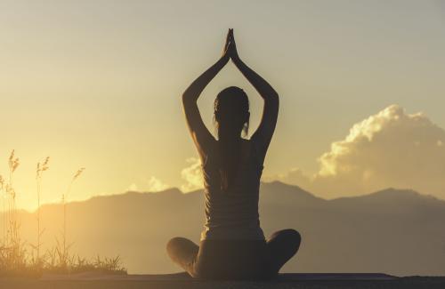 Ya llega la primera Cumbre Virtual de Yoga de habla hispana