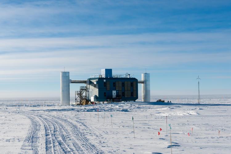 Observatorio de Neutrinos IceCube