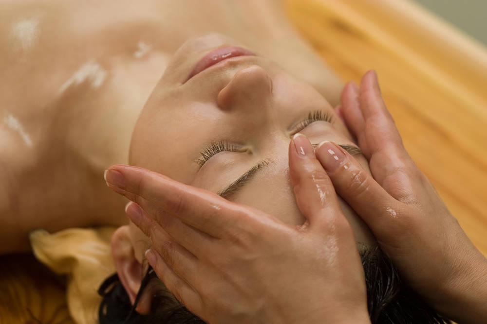Conoce el masaje tradicional del ayurveda, la ciencia de la vida