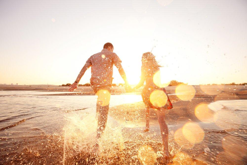 pareja playa