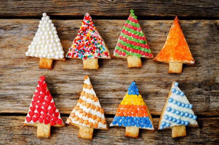 Galletas con forma de pino navideño