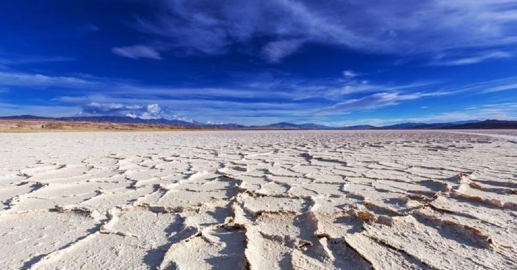 ¿Qué es el litio y cuál es el impacto ambiental de su extracción?